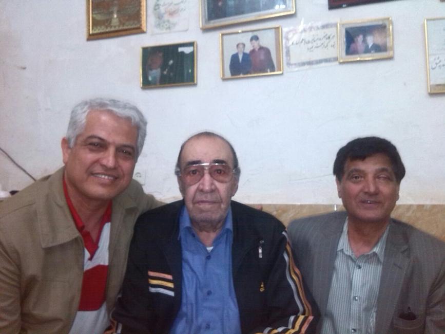 از چپ به راست: مصطفی سرامی - حسین خواجهامیری (ایرج) - قدمعلی سرامی