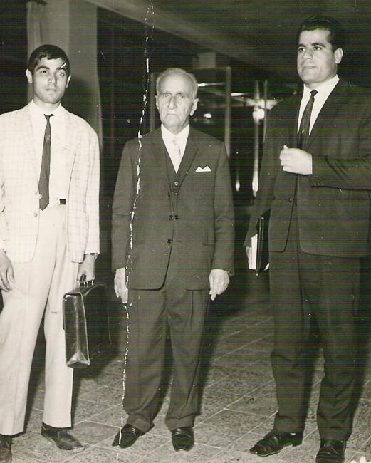 از چپ به راست: قدمعلی سرامی - ابراهیم پورداوود - صادقی